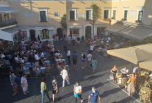 Photo of LA STORIA Capri, si finge diplomatico per vacanza di lusso: arrestato
