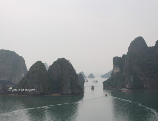 vietnam fai da te vista della baia di ha long vietnam dalla grotta Sung So, crociere nella baia di ha long, ha long bay