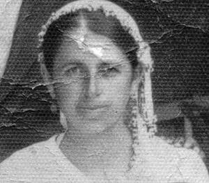 C:\Users\ILHAN\Desktop\Haziran'a girecek haberler\Vahide Karacay-Annelerin annesi (1).jpg
