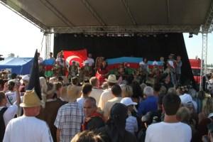 D:\UZAKTAKI DOSTLAR VE IZLER-YAZI VE FOTOĞRAFLAR\MACARİSTAN-IZLER\Macaristan- Turan Kurultayı'ndan görüntüler 2014 (37).JPG