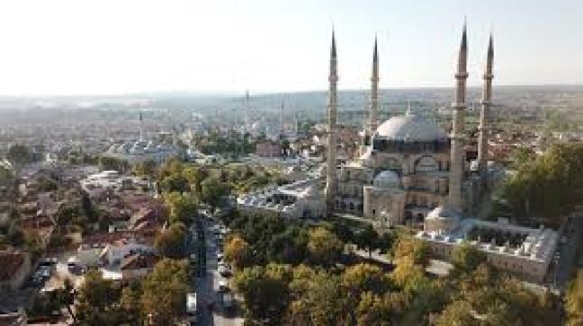 C:\Users\ILHAN\Desktop\ARALIK BULTENINE GIRECEKLER\Edirne Selimiye Camii Kulliyesi.jpg