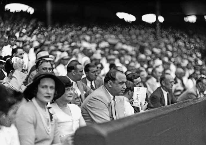 Al Capone Beyzbol Maçında