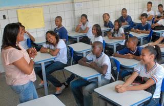 Faculdade abre vagas para contratação de professores em diversas áreas 1