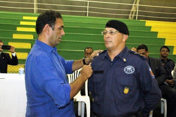 Prefeito Mário Alexandre empossa novo comandante da Guarda Civil Municipal , Leonardo Bandeira- Foto Clodoaldo Rodriguês