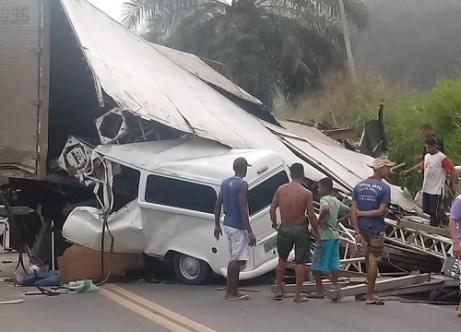 Identificadas todas as vítimas em acidente trágico na BR-101; cinco morreram 1