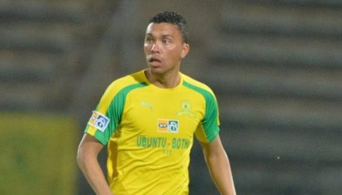 Ilheense se destaca no futebol africano defendendo o Mamelodi Sundowns 2
