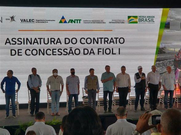 Com presença de Bolsonaro, Fiol 1 é concedida à Bamin - Ilhéus Net