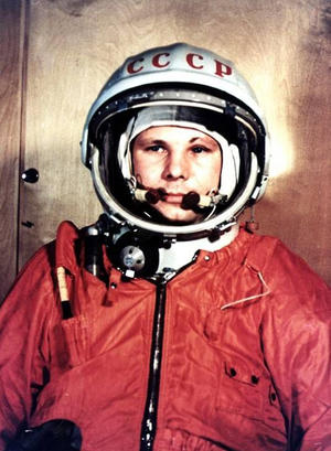 Short Cool Quotes Wallpaper Yuri Gagarin First Human In Space 50th Anniversary I