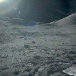 Ayın yüzeyine Son bakış. Apollo 17,1972. Boşlukta oluşan yarı gölgeler ay yuzeyinden..