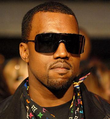 Kanye West ft. Mr. Hudson- Paranoid