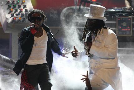 Lil Wayne – T-Pain – He Raps, He Sings, It's T-Wayne
