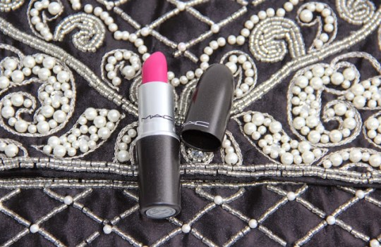 Beauty Review- MAC Lipstick in Girl About Town