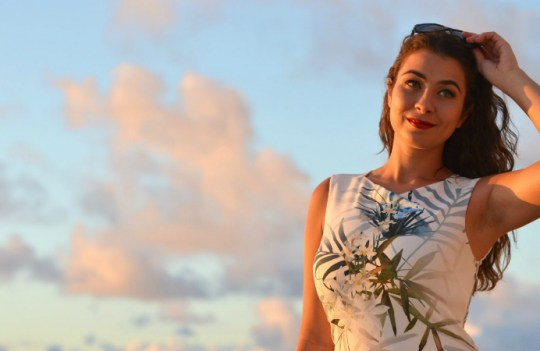 Lookbook- Sunsets And Palm Trees