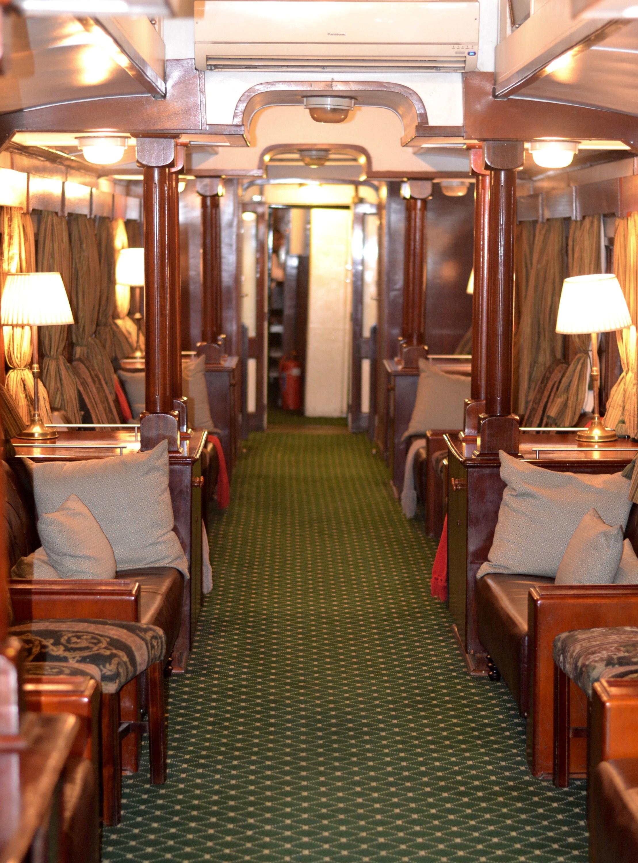 Royal Livingstone Train decor