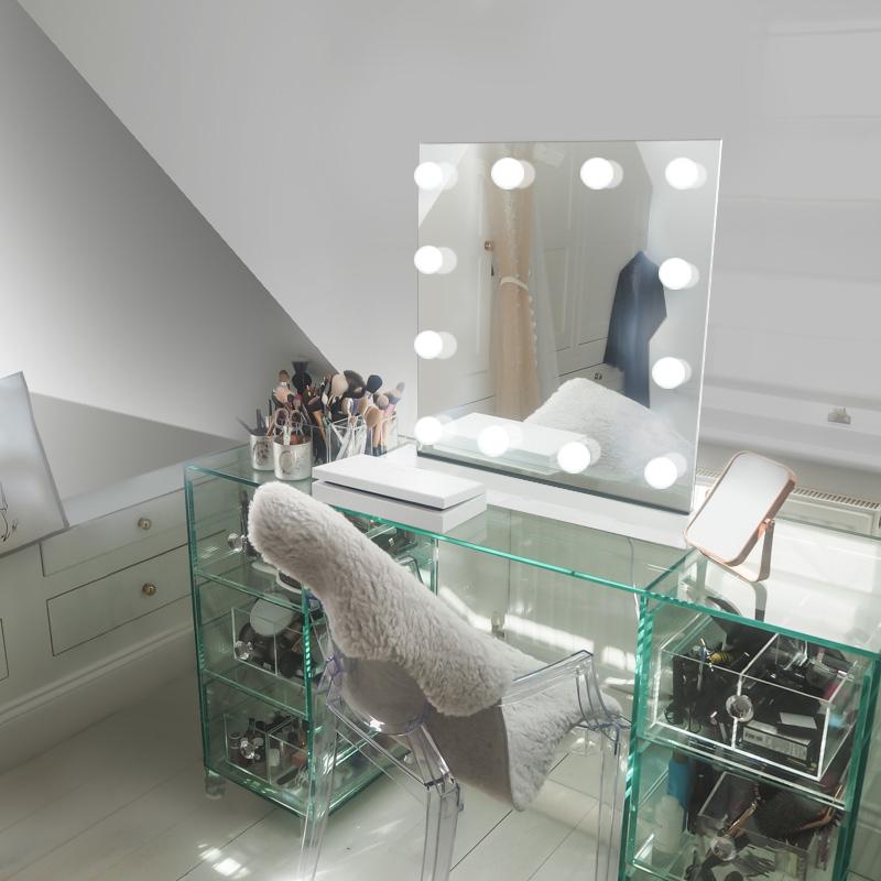 Diamond X Table Top Hollywood Vanity Audio Mirror With