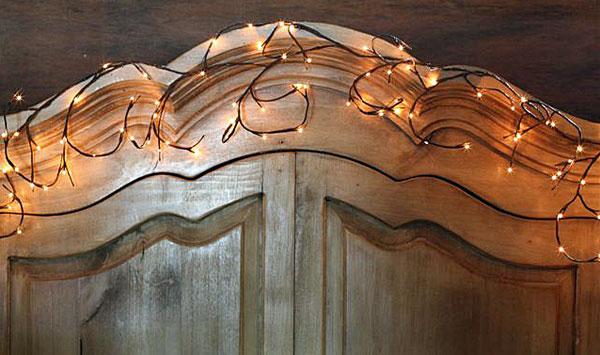 Garland Willow Branch  96 Lights 6 Feet