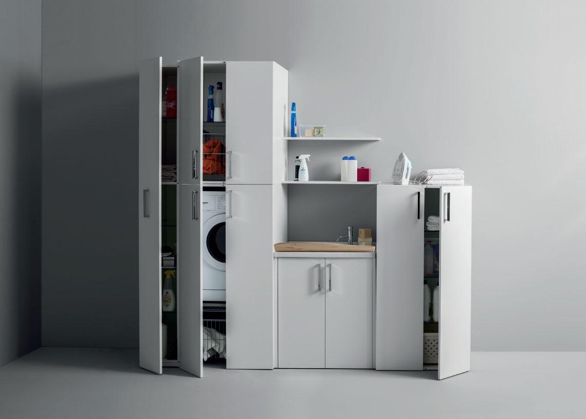 ILMA GROUP IDROMASSAGGIO Vasche idromassaggio combinate docce idromassaggio cabine sauna