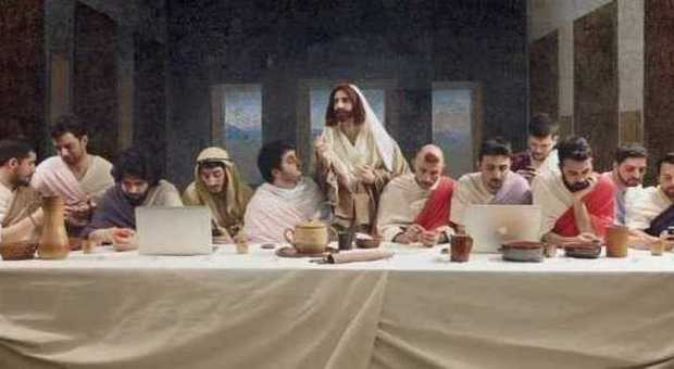 Lultima cena nellera digitale il video dei napoletani Casa Surace  virale  Guarda  Il