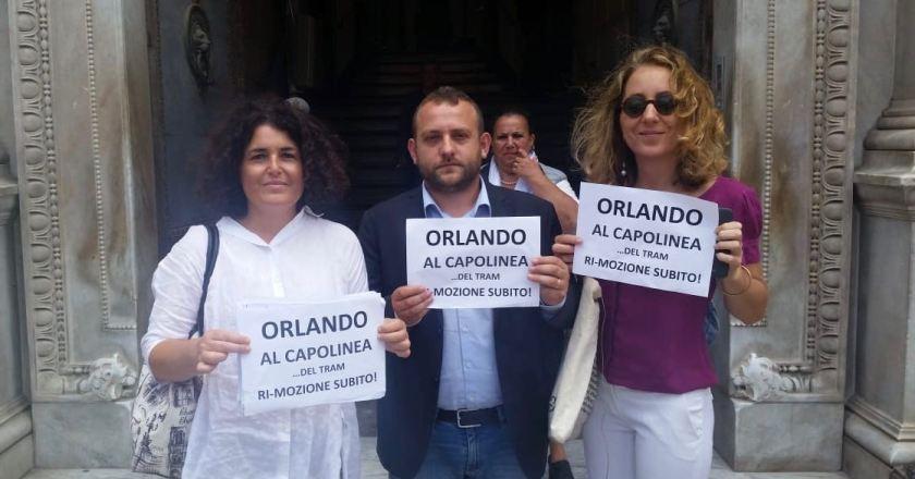 """Amat, 5 stelle Palermo: """"Orlando assente, pronta mozione di sfiducia"""""""