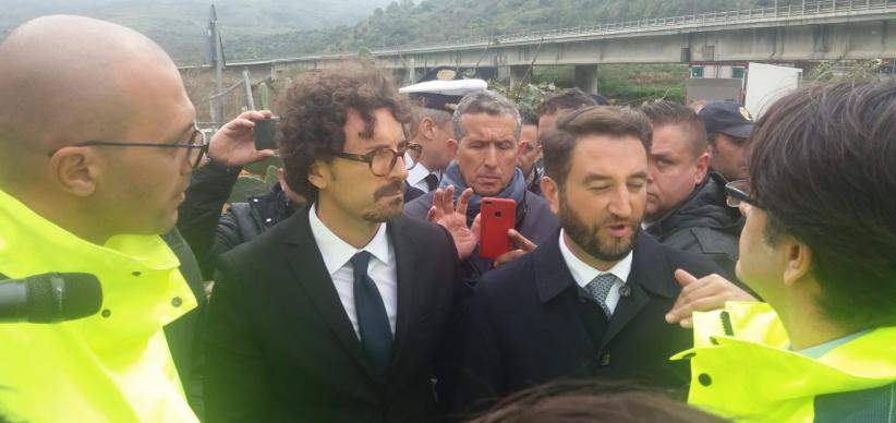 """Toninelli: """"Modello Genova per l'emergenza strade in Sicilia"""""""