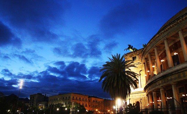 Turismo e cultura, a Palermo ripartono le visite serali con Terradamare
