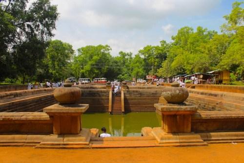 Sri Lanka - Kuttam Pokuna