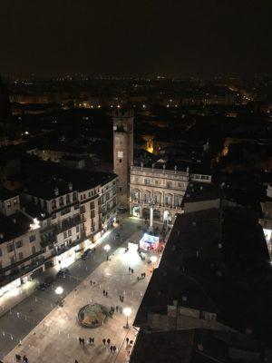 Piazza delle Erbe dalla torre dei Lamberti