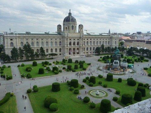 piazza dei musei a Vienna