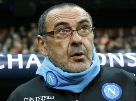 Mister Sarri è stato provocato dai tifosi della tribuna per tutti i 90 minuti