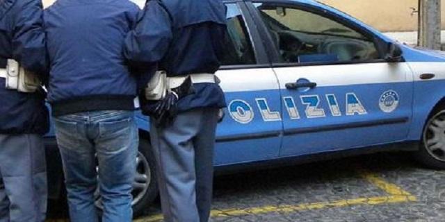 Blitz anticamorra a Napoli: 27 arresti, in manette anche un