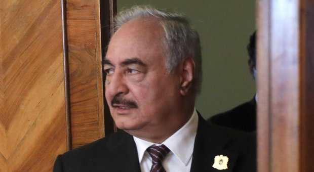 Haftar flies to Rome: the one-step agreement on the migrants in Libya