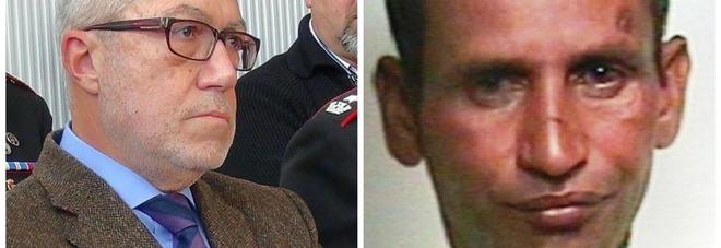 Ram Lubhaya e a sinistra il procuratore Carmelo Petralia