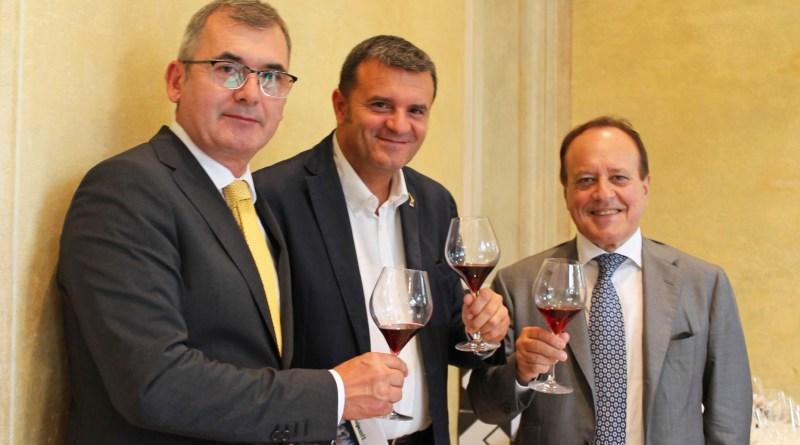 Wine South America: il Ministro Centinaio in Brasile con Vinitaly