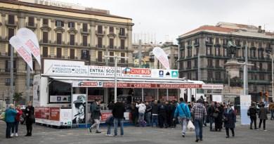 CINEBUS, fa tappa in piazza dei Martiri il primo festival cinematografico on the road