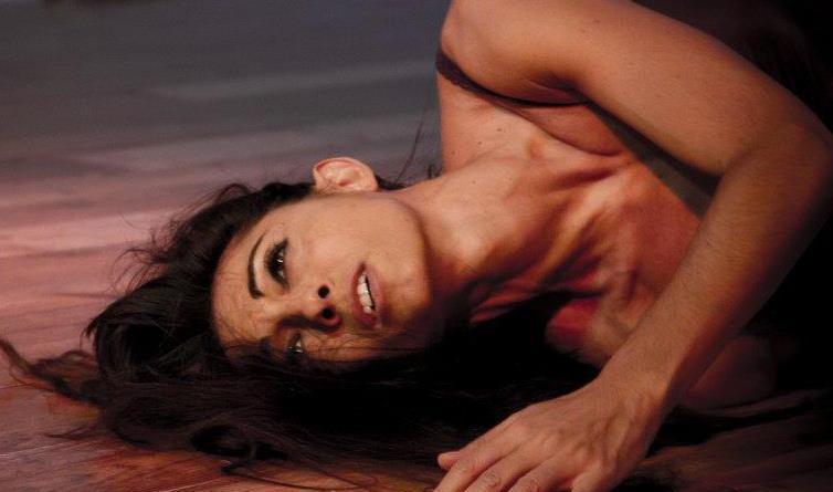 Il Centro internazionale Claudia Sales Labart Dance sceglie  l'home training per tutti i suoi allievi