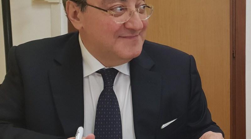 """Covid, test rapidi nelle farmacie campane, Lamberti (Federlab): """"De Luca 'caudillo', è scelta assurda"""""""