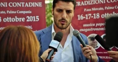 Riaprono le scuole, Donnarumma (sindaco Palma Campania): «Controlli affidati ai Comuni, ma siamo allo stremo»
