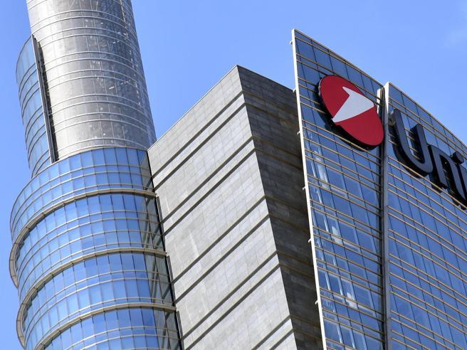 Unicredit, annuncia taglio di 8mila dipendenti e 500 sportelli