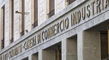 Non regaliamo la Camera di Commercio a Milano