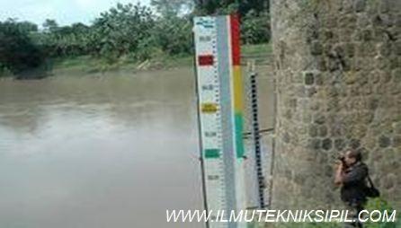 alat ukur bendung yang difungsikan sebagai pengukur aliran sungai