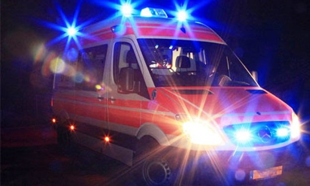 Teverola (Caserta): incidente mortale in via Roma. Auto travolge 50 enne