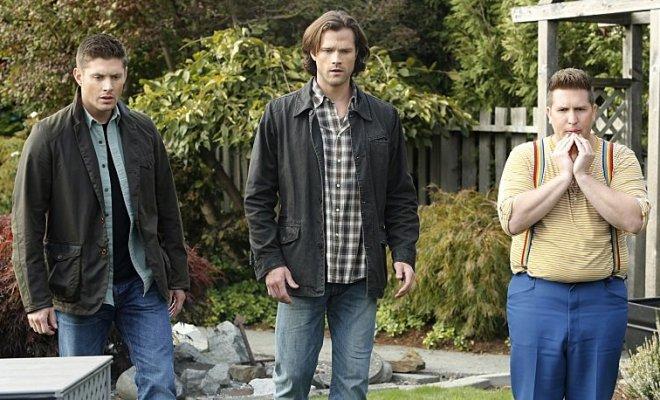 Supernatural 11x08 -- Jensen Ackles, Jared Padalecki, Nate Torrence -- © 2015 The CW