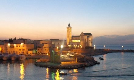 Omicidio a Bari: Ubriaco tampona un'auto, tre morti