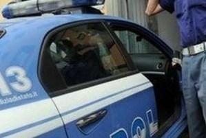 Una lite che degenera, due denunciati dalla polizia