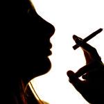 140834 Fumo, sigaretta donne