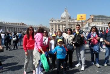 I piccoli della scuola dell'infanzia 'Il Girotondo' al cospetto di Papa Francesco