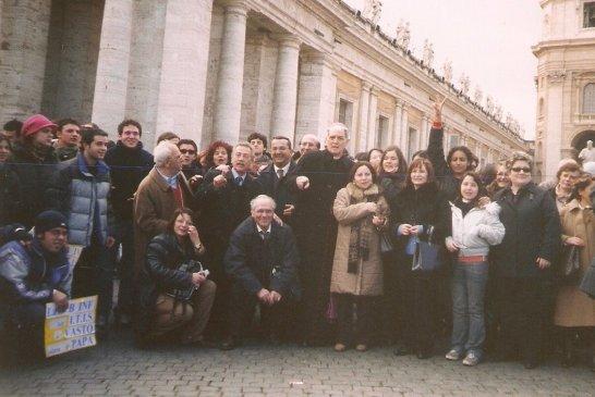 Il gruppo ITIS in Piazza S. Pietro - 2