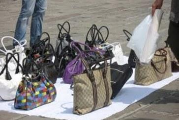 Blitz interforze contro l'abusivismo commerciale a Vasto Marina