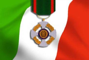 L'onorificenza di Cavaliere della Repubblica al capitano Mennitti