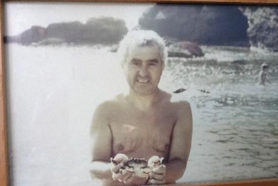 Paolo con un peloso appena pescato